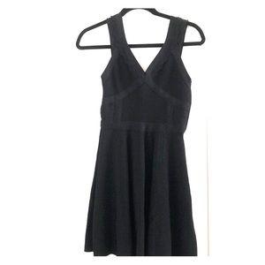 guess black bodycon dress.